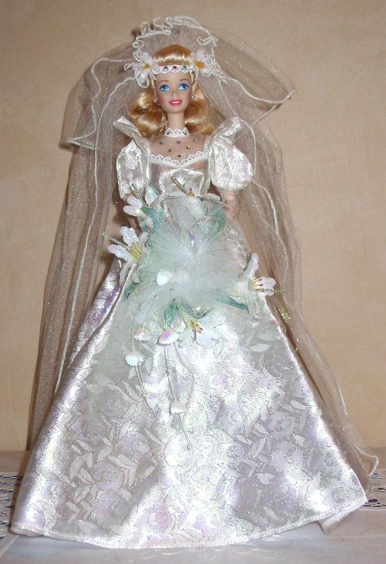 Les poupées mariées Lys-big