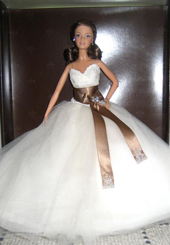 Les poupées mariées Monique-big