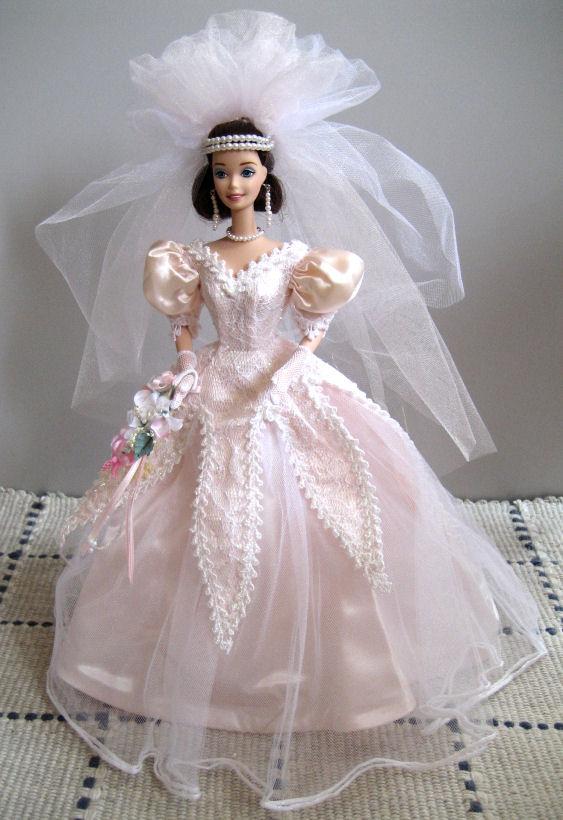 Les poupées mariées Orchid-big